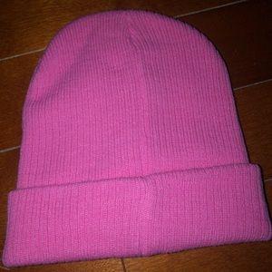 Accessories - NWOT✨ Neon Pink Beanie